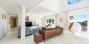 Villa in Santa Ponsa - Modernes Anwesen mit Meerblick (Thumbnail 4)