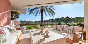 Erdgeschoss-Wohnung mit Garten in toller mediterraner Anlage mit Panoramablick und Pool (Thumbnail 9)