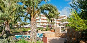 Erdgeschoss-Wohnung mit Garten in toller mediterraner Anlage mit Panoramablick und Pool (Thumbnail 2)