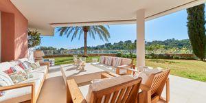 Erdgeschoss-Wohnung mit Garten in toller mediterraner Anlage mit Panoramablick und Pool (Thumbnail 4)
