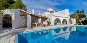 Meerblick-Villa mit Charme und Liebe zum Detail im Ibiza-Style in Sol de Mallorca (Thumbnail 1)