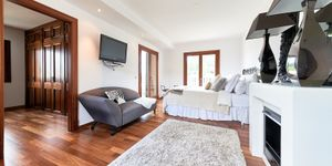 Magnificent country style villa in Es Capdella (Thumbnail 9)