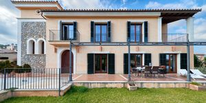 Magnificent country style villa in Es Capdella (Thumbnail 3)