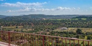 Finca in Bunyola - Modernes Anwesen mit Panoramablick bis zur Bucht von Palma (Thumbnail 9)