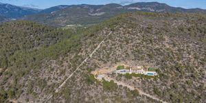 Finca in Bunyola - Modernes Anwesen mit Panoramablick bis zur Bucht von Palma (Thumbnail 5)