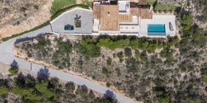 Finca in Bunyola - Modernes Anwesen mit Panoramablick bis zur Bucht von Palma (Thumbnail 4)