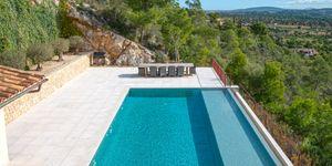 Finca in Bunyola - Modernes Anwesen mit Panoramablick bis zur Bucht von Palma (Thumbnail 8)