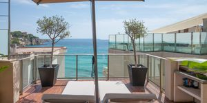 Exklusives Penthouse mit Pool am Strand von Cala Mayor (Thumbnail 4)