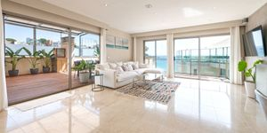 Exklusives Penthouse mit Pool am Strand von Cala Mayor (Thumbnail 6)