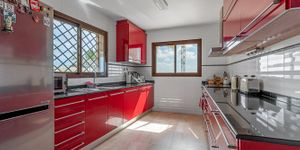 Villa in Santa Ponsa - Gepflegtes Chalet mit Meerblick (Thumbnail 6)