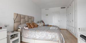 Villa in Santa Ponsa - Gepflegtes Chalet mit Meerblick (Thumbnail 8)