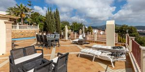 Villa in Santa Ponsa - Gepflegtes Chalet mit Meerblick (Thumbnail 3)