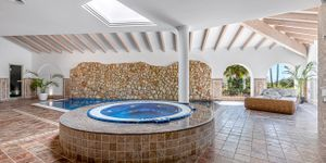 Villa in Santa Ponsa - Anwesen mit zwei mediterranen Luxusvillen mit Meerblick (Thumbnail 6)