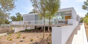 Villa in Santa Ponsa - Neubauimmobilie mit viel Privatsphäre (Thumbnail 2)