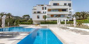 Luxury apartment in a newly built residence in Santa Ponsa (Thumbnail 1)