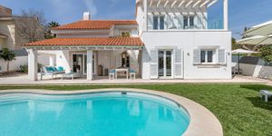 Villa in Santa Ponsa - Kernsanierte Immobilie mit Pool (Thumbnail 1)