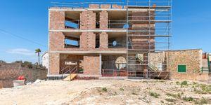 Neugebaute moderne Villa in erster Meereslinie in Colonia Sant Jordi (Thumbnail 4)