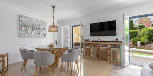 Renovated townhouse with private garden in Santa Ponsa (Thumbnail 9)
