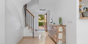 Renovated townhouse with private garden in Santa Ponsa (Thumbnail 10)