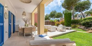Renovated townhouse with private garden in Santa Ponsa (Thumbnail 3)