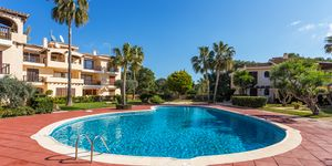 Nova Santa Ponsa apartment with lots of sun and nice garden (Thumbnail 3)