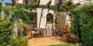 Nova Santa Ponsa apartment with lots of sun and nice garden (Thumbnail 1)