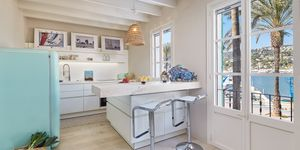 Beach-Style Apartment an der Hafen Promenade in Port Andratx (Thumbnail 4)