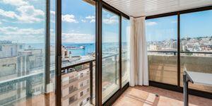 Großzügiges Apartment mit Meerblick in Palma (Thumbnail 1)