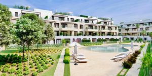 Modern and new apartments for sale in the centre of Santa Ponsa (Thumbnail 1)