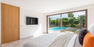 Modern villa with sea views in Santa Ponsa (Thumbnail 10)
