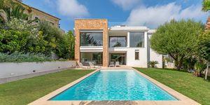 Modern villa with sea views in Santa Ponsa (Thumbnail 1)