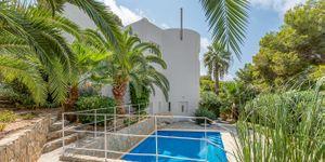 Einzigartige Villa mit Teilmeerblick in Costa de la Calma (Thumbnail 3)