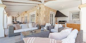 Luxury villa with sea views in Port Andratx (Thumbnail 4)