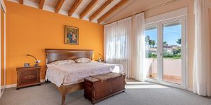 Sea view villa in Mallorca for sale (Thumbnail 9)