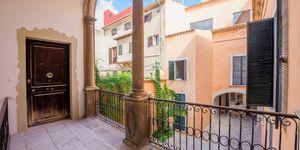 Wunderschönes Neubau-Appartement in Altstadthaus mit Innenhof in Palma (Thumbnail 2)