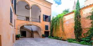 New apartment in a historic building in Old Town Palma (Thumbnail 3)