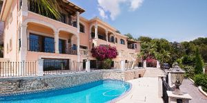 Neuer erbaute Villa in Son Vida mit Meerblick (Thumbnail 1)