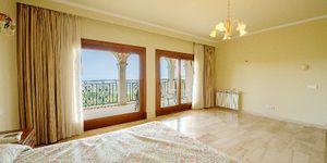 Neuer erbaute Villa in Son Vida mit Meerblick (Thumbnail 8)