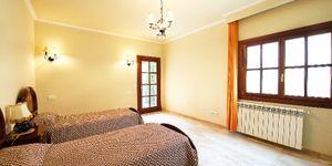 Neuer erbaute Villa in Son Vida mit Meerblick (Thumbnail 6)