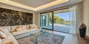 Neubau-Villa in Son Vida mit Pool (Thumbnail 2)