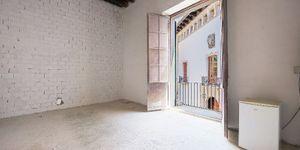Tolles Appartement im traumhaften Altstadtpalast in Palma – bestens saniert (Thumbnail 7)