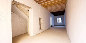 Apartment in a refurbished old town palace in Palma (Thumbnail 10)