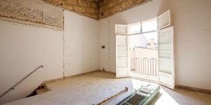 Neubau-Appartement in historischem Altstadthaus in Palma (Thumbnail 9)