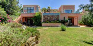 Exceptional, spacious villa in Santa Ponsa (Thumbnail 2)