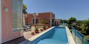 Exceptional, spacious villa in Santa Ponsa (Thumbnail 3)