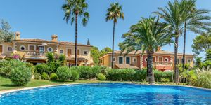 Detached house in Mediterrranean residential complex of ??Santa Ponsa (Thumbnail 2)