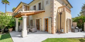 Detached house in Mediterrranean residential complex of ??Santa Ponsa (Thumbnail 1)