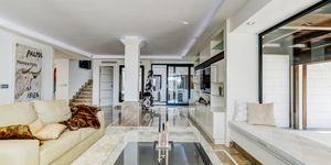 Villa in Bendinat – Beeindruckende Luxusvilla mit Meerblick (Thumbnail 6)