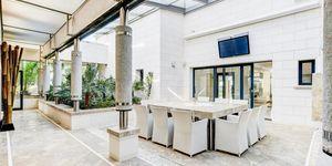 Villa in Bendinat – Beeindruckende Luxusvilla mit Meerblick (Thumbnail 5)