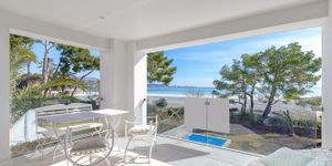 Luxury apartment in Port Alcudia at the beach (Thumbnail 2)